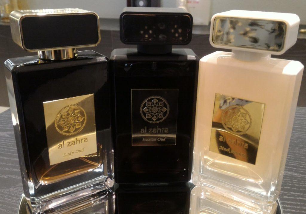 Três das quatro fragrâncias da marca de perfumes orientais Al Zahra, criada por Julia em Dubai