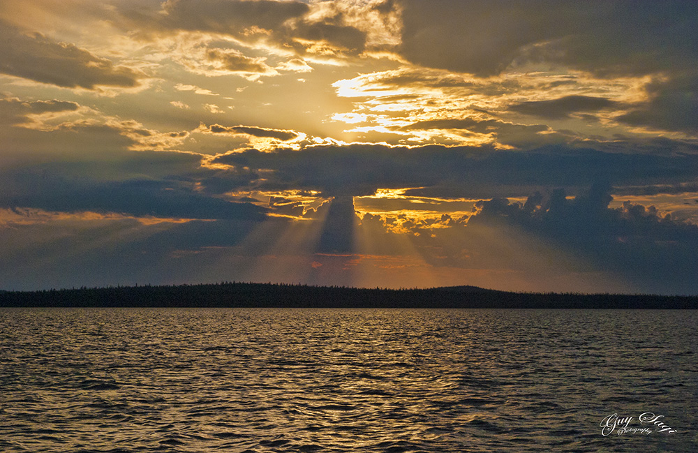 Sunset in Canada, Guy Sagi