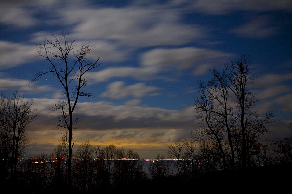 Moon setting over Winchester VA, Guy Sagi