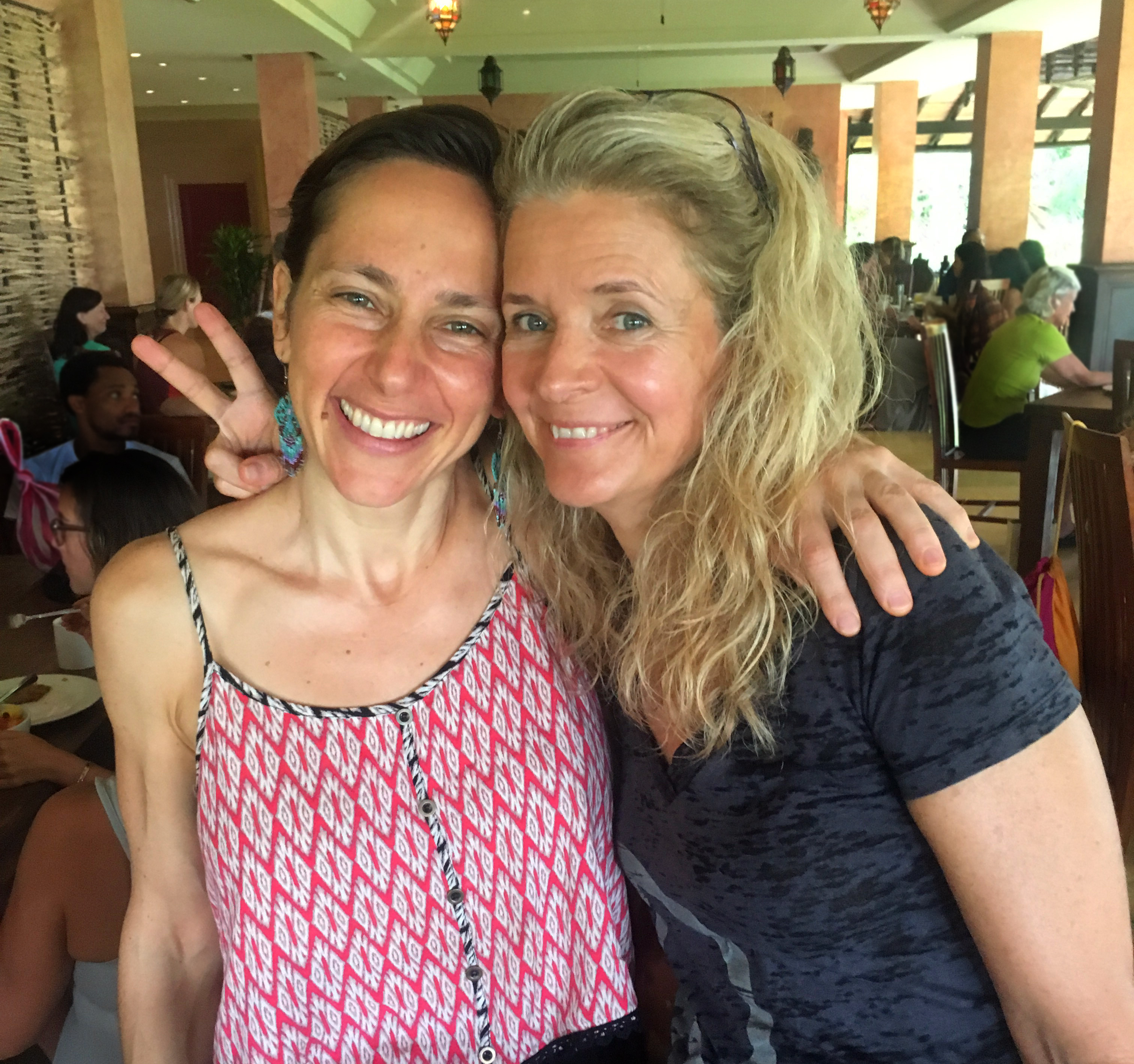 Roxane with Jess Robertson, co-founder of Modo Yoga Int'l
