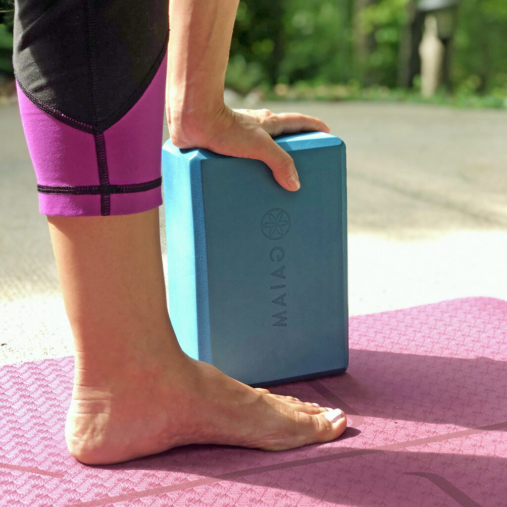BTY yoga block prop square