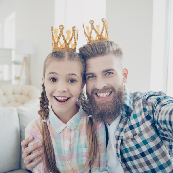 Father and Daughter with Crowns_square