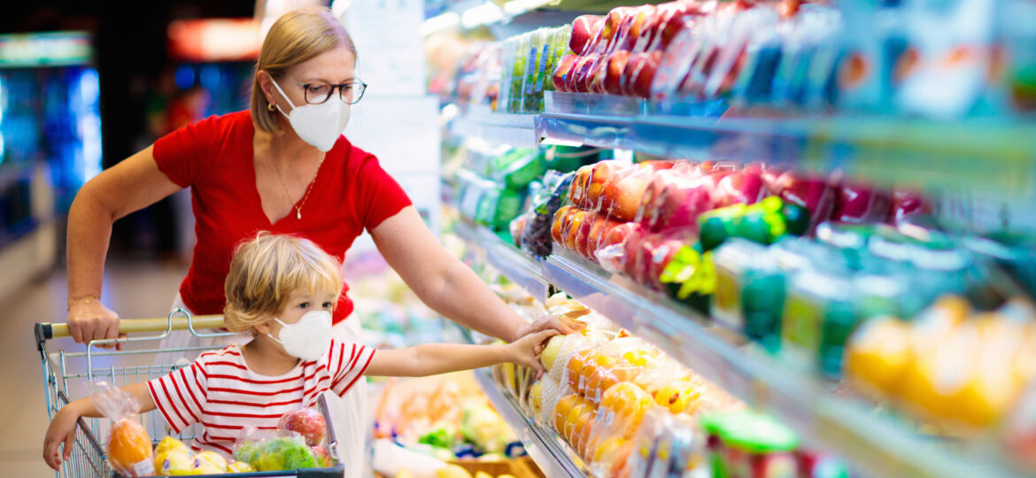 Shopping with son during coronavirus outbreak_1600x764