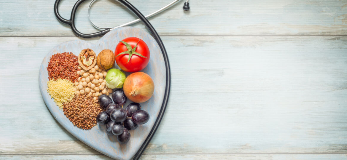 Healthy life with stethoscope_1600