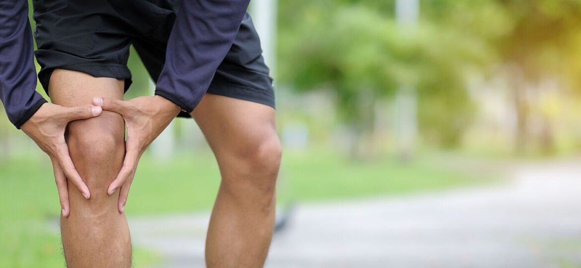 Runner with knee join pain_1600