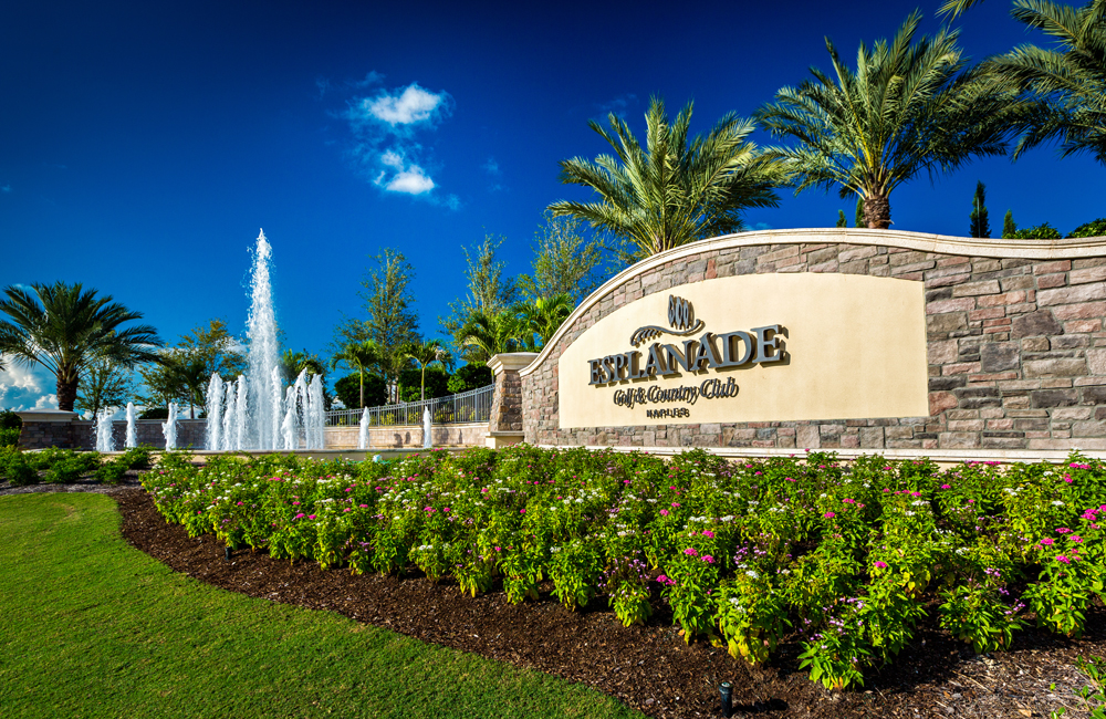 Featured Project Details page – Esplanade Naples