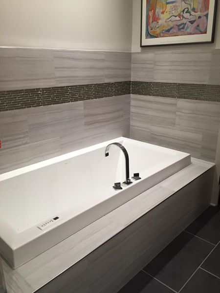 Chicago West Loop Master Bathroom Remodel – S. Racine Ave