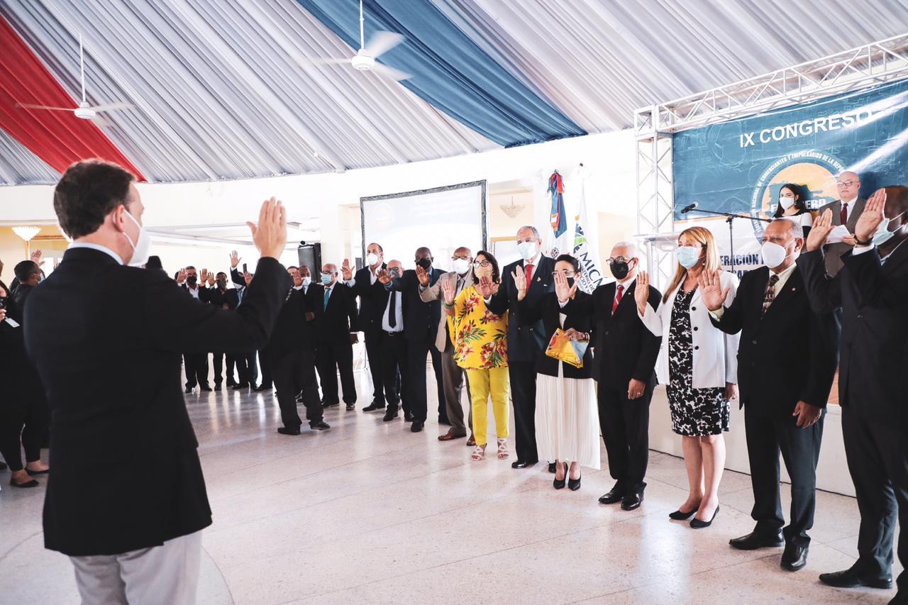 Ministro Bisonó reafirma compromiso con sectores productivos