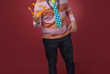 Jumbo celebra sus 19 años en el mercado apoyando a comediantes destacados