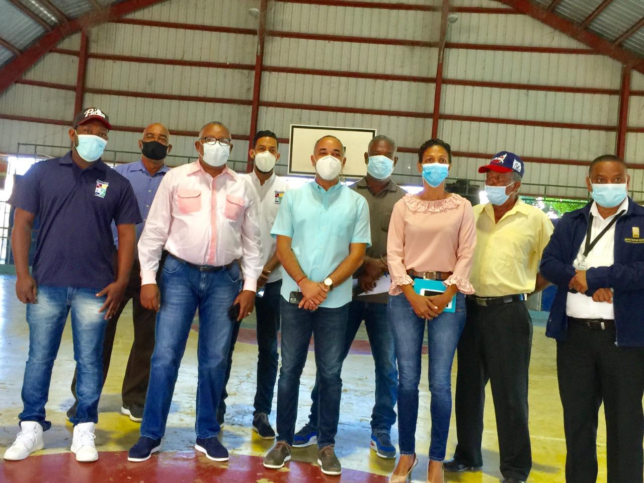Reinauguraran remozado multiuso del municipio de Luperón