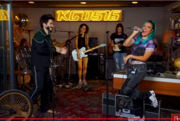 KAROL G ft. Camilo - Contigo Voy A Muerte (Official Video)