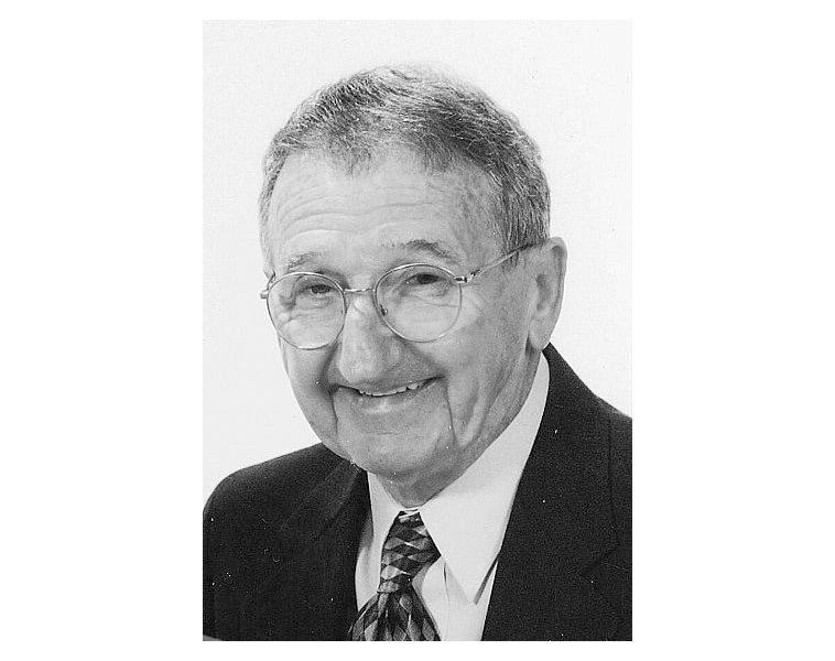 Dee Gilleland 1922-2019 | Obituary | St. Joseph Mo