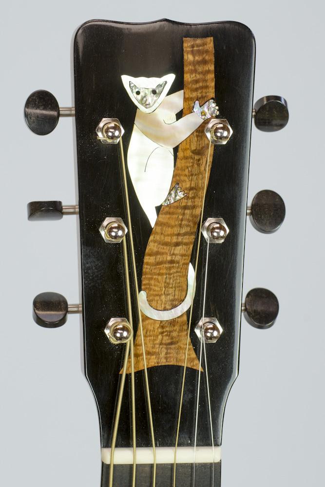 David Dart's 2016 Madagascar Rosewood 00-14 Guitar: Sitka spruce top, Madagascar rosewood back & sides, boxwood binding, hand-cut abalone & curly koa lemur peghead inlay