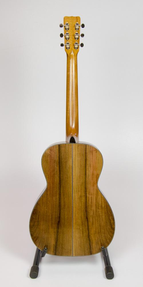 David Dart's 2016 Rosewood 00-14 Guitar: Sitka spruce top, rosewood back & sides, ebony binding, hand-cut abalone rose & peghead Dart logo inlay