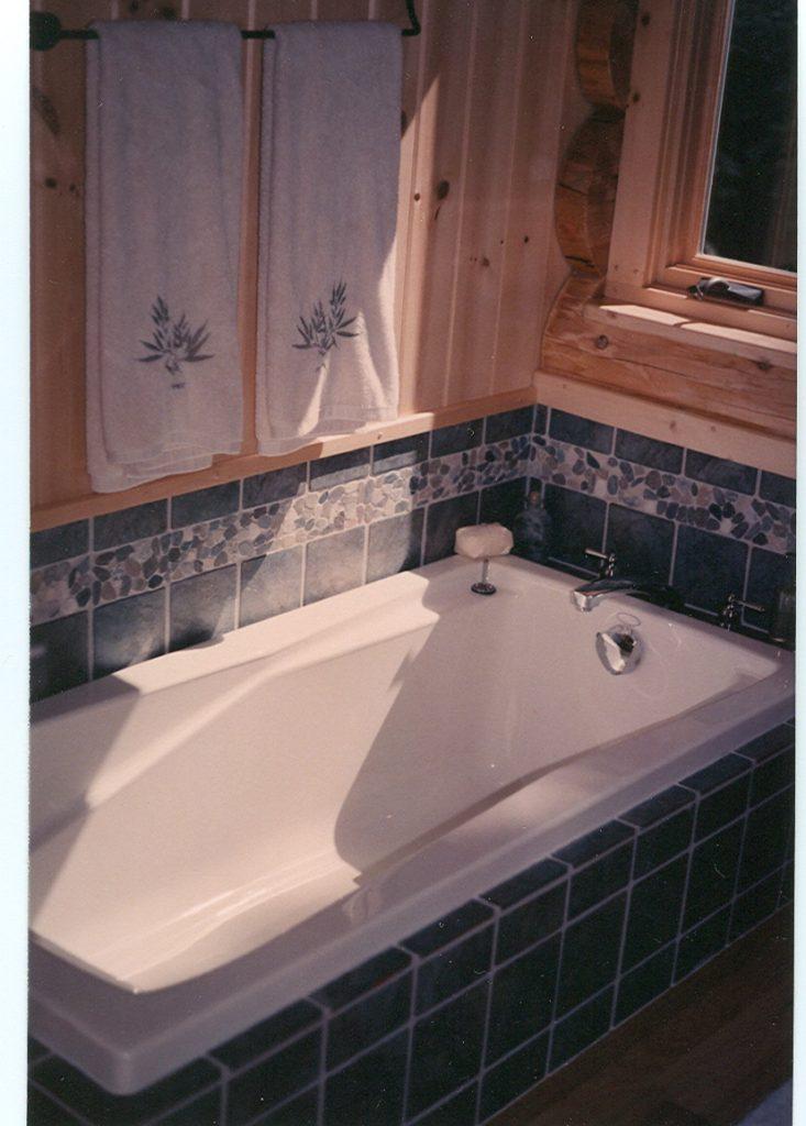 TIled tub area