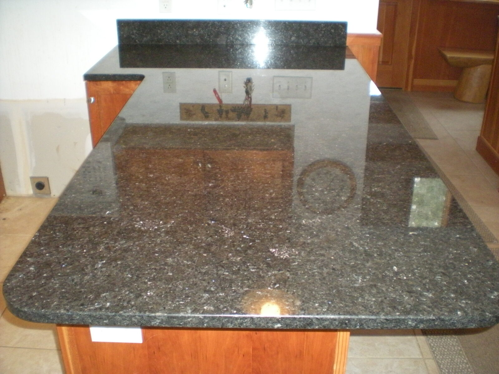 mesabi black granite shine