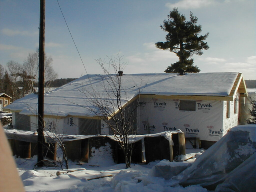 Rafters, new roof in renovatio