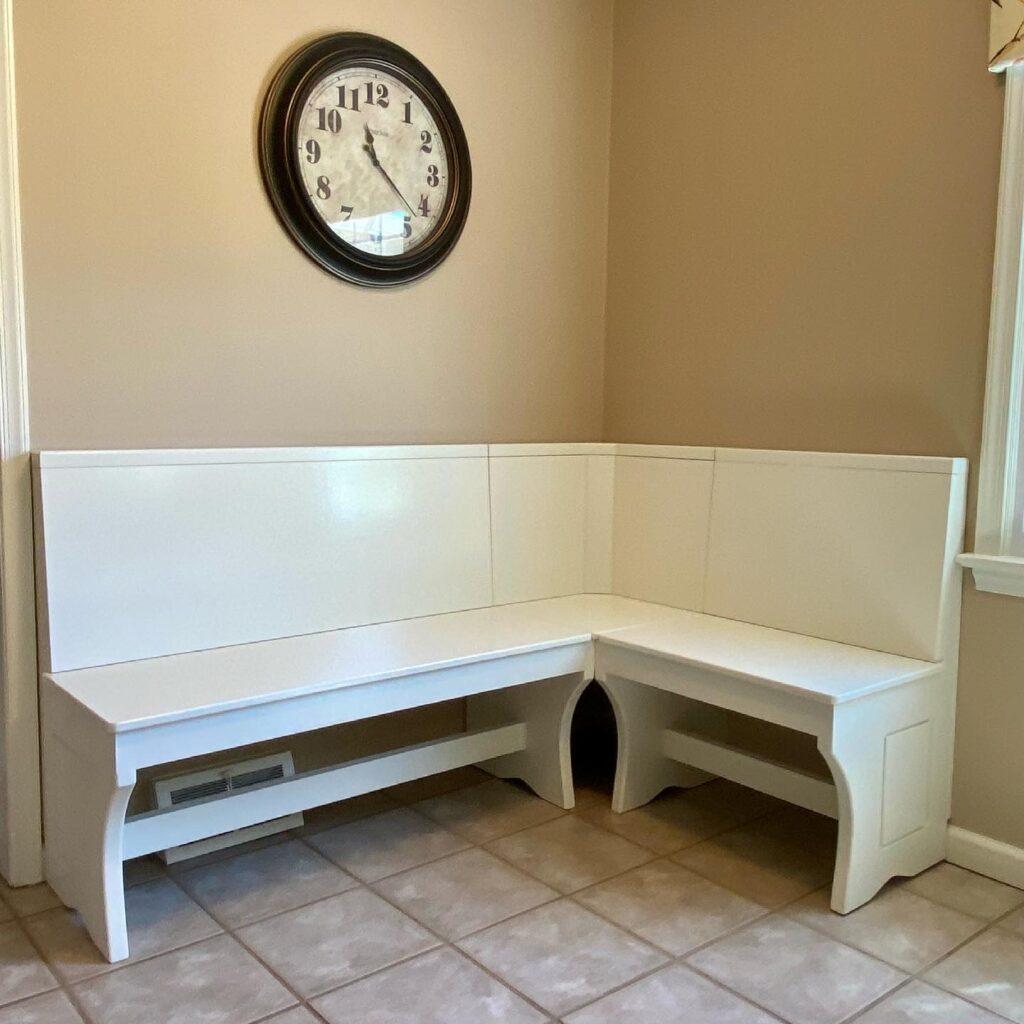 Kitchen corner bench seating