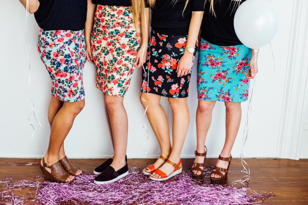 power print skirts