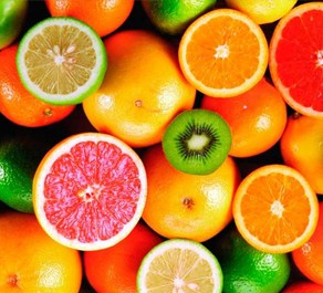 The best fruits to keep your skin healthy contain vitamin C.