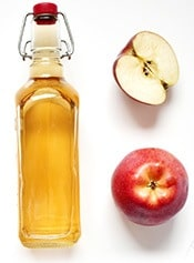 Apple cider vinegar is known to improve blood circulation and reduce inflammation.