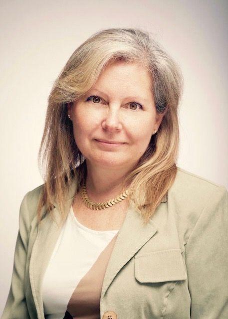 Annette Reyman Bio