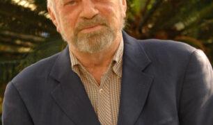 Robert Jones Headshot
