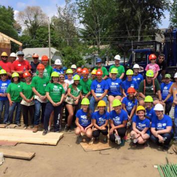 Habitat-Large-Volunteer-Group