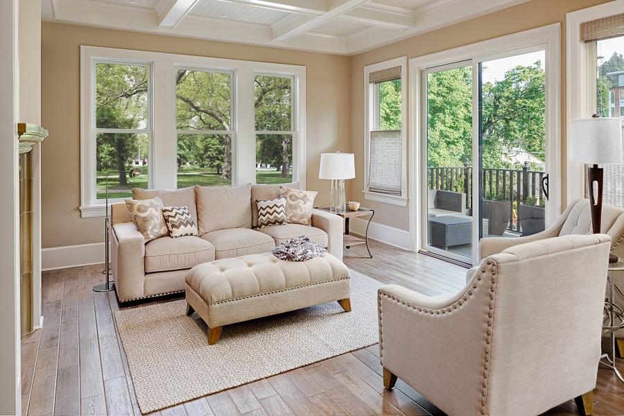 Joyce VueLine Windows in Living Room