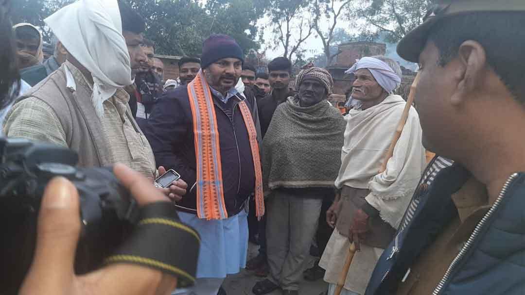 गड़वार ब्लाक के कई गांवों में घूम जनसमस्याएं सुनीं मंत्री ने