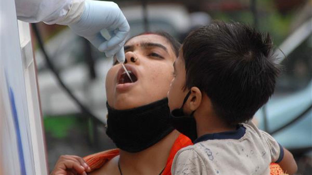 राहत: शनिवार को कोरोना संक्रमण के नए मरीजों की संख्या 50 से कम