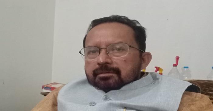 किसानों के समर्थन में डीएम से मिलेंगे राम इकबाल सिंह, गेहूं पर एमएसपी में बढ़ोतरी को नाकाफी बताया