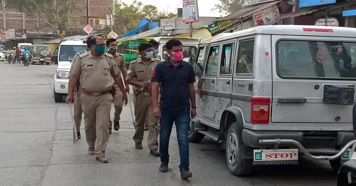 नगरा में लॉकडाउन के पहले दिन पुलिस मुस्तैद दिखी