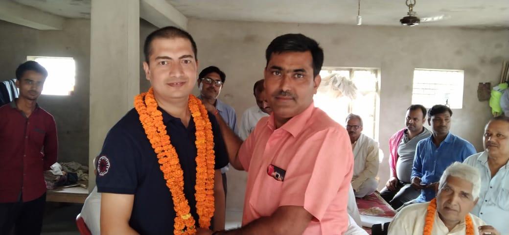 बिहार में पीसीएस अधिकारी के रूप में चयन होने पर चंद्रप्रकाश का हुआ नागरिक अभिनंदन