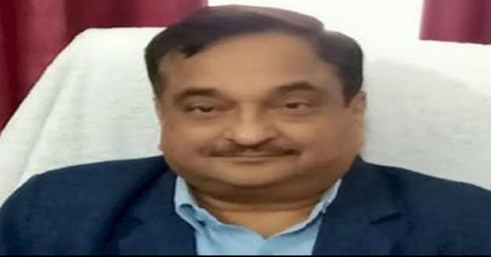 बलिया के सीएमओ रहे दिवंगत डॉ.जितेंद्र पाल सिंह की पेंशन के मामले में बाबू पर कार्रवाई