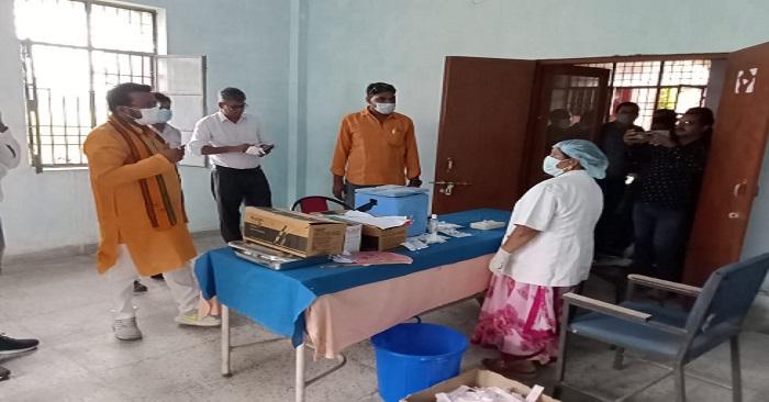 नगरा अस्पताल को गोद लेने वाले विधायक के दौरे से बंधी उम्मीद, 2 डॉक्टरों के इस्तीफे के बाद वीरान हो गई है सीएचसी
