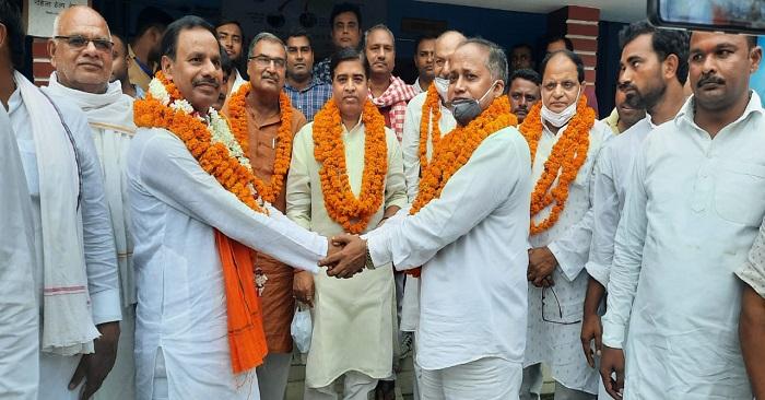 नवानगर में सपा समर्थित प्रत्याशी ने पर्चा वापस लिया, भाजपा के उम्मीदवार की जीत तय