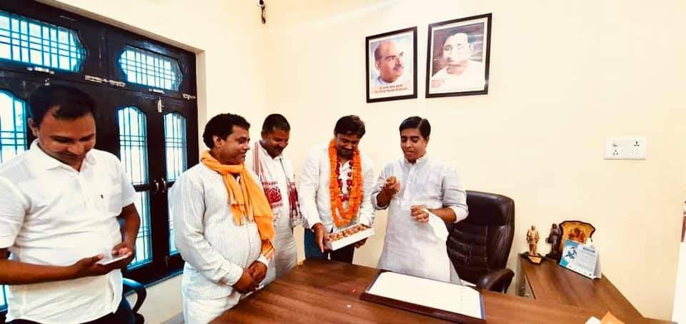 पंदह ब्लॉक में राघवेंद्र यादव का निर्विरोध चुना जाना तय, मनियर में तीन उम्मीदवार