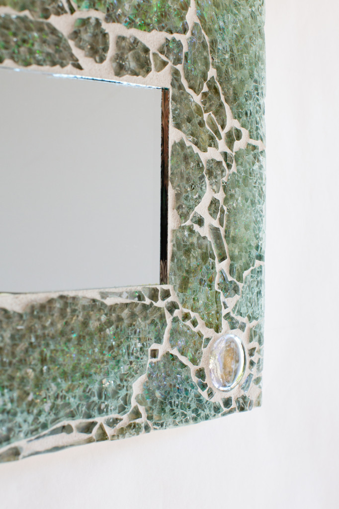 Uncategorized  Mother of Pearl Mosaic Mirror mirrora1-682x1024