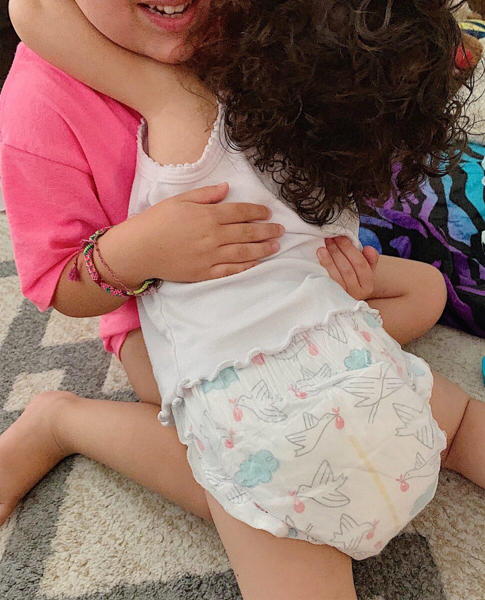 Diaper Changing Hacks | Best Hypoallergenic Baby Diapers | Huggies vs Pampers | Best Diaper Hacks | Pregnancy | Motherhood | Baby Life | Mom Life