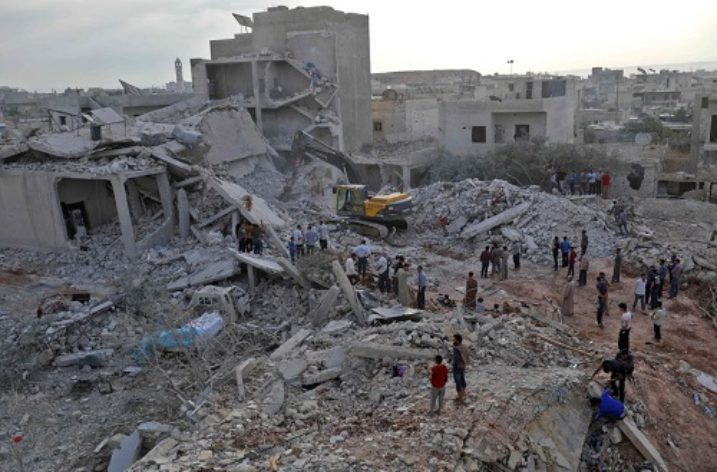 Syria: Cluster munitions and barrel bombs used against civilians in Idlib