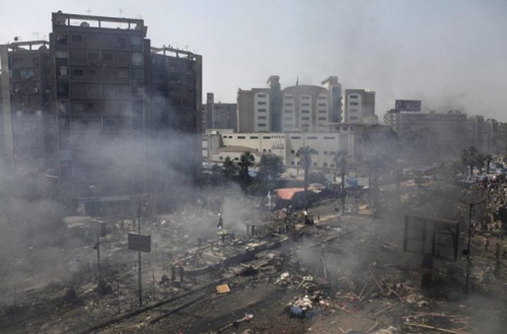 Egypt: France flouts international law by continuing to export arms used in deadly crackdowns