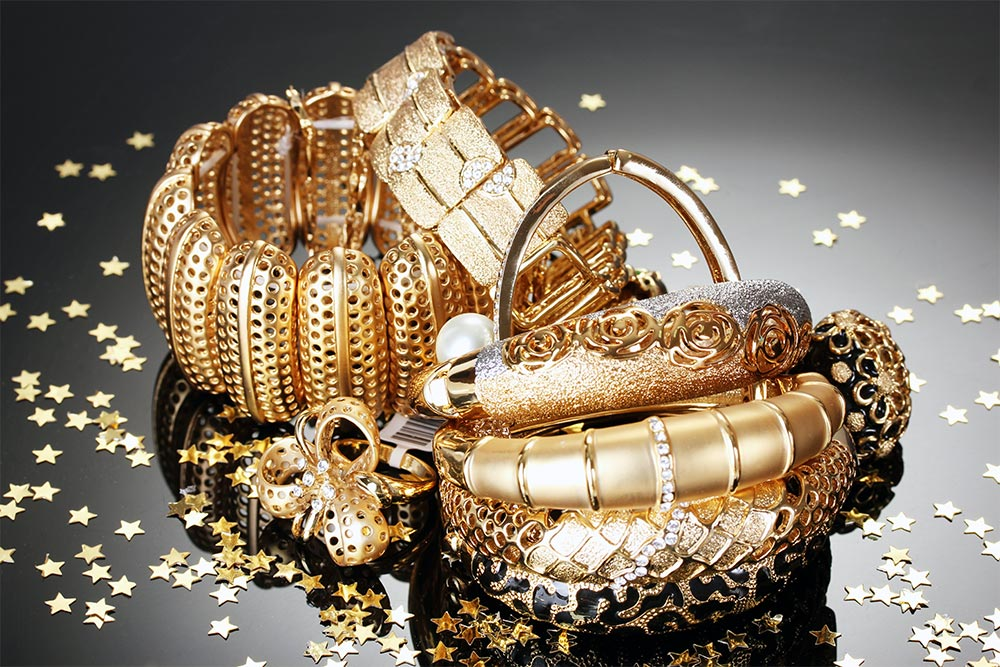 Estate Jewelry Buyer in Chicago