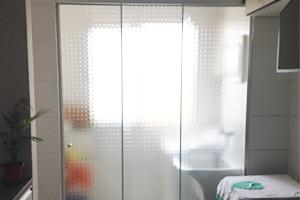 fechamento-da-area-de-servico-em-vidro