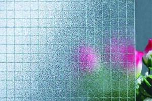 vidro-aramado-inovarbox-min