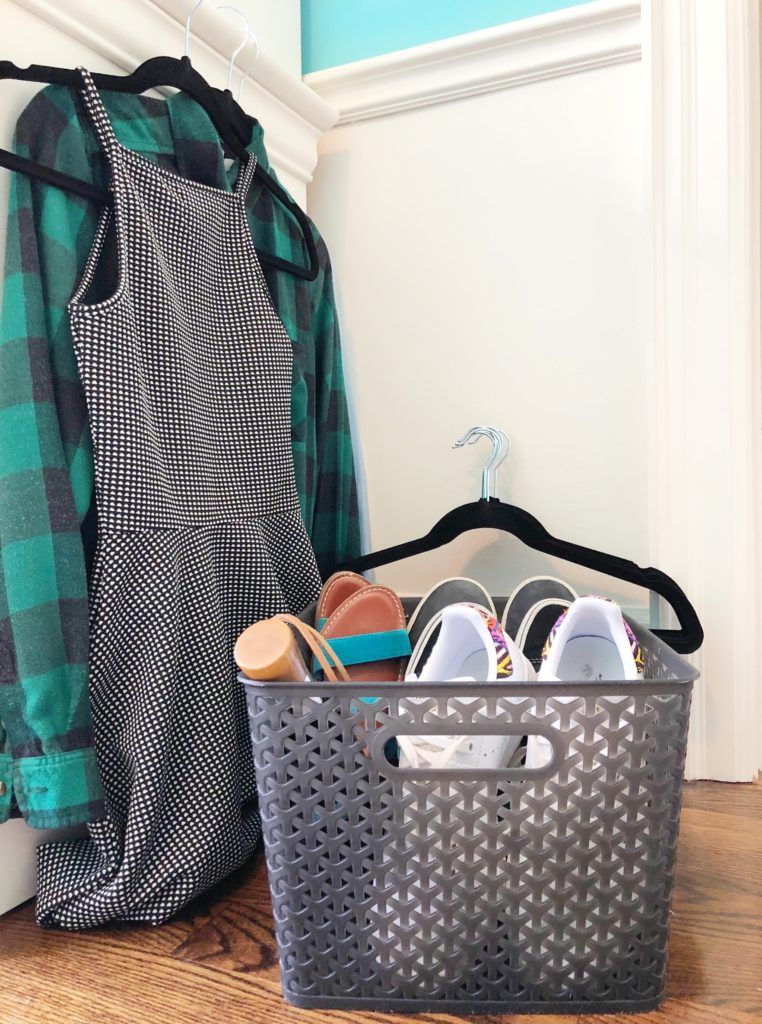 Non-slip hangers and underbed storage containers