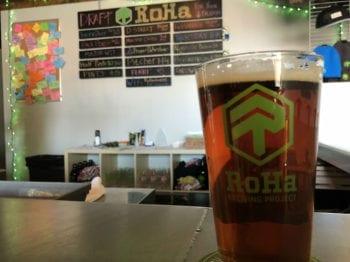 Maltese Cross Red Ale - RoHa - Beer Tastings Horizontal