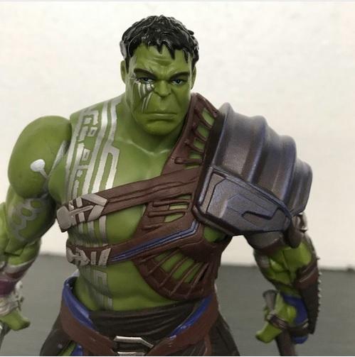 Hulk Action Figure Gladiator Collectible Movie Thor Ragnarok 8 Inch 2