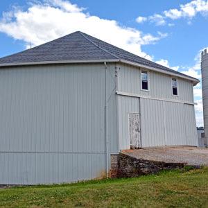 Octagon Barn at Orrmont Farm