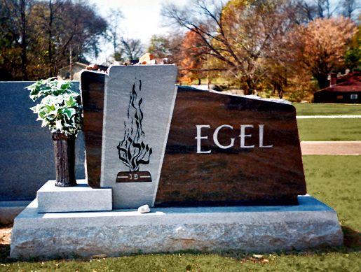 Hunt-Memorials-Monuments-Tombstones-Family-9